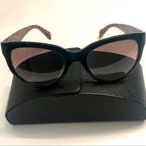 Prada Sunglasses 👓